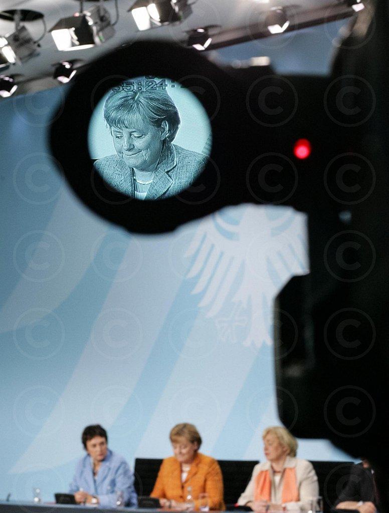 German Chancellor Merkel (CDU) seen through the view finder of a tv-camera / @ Berlin